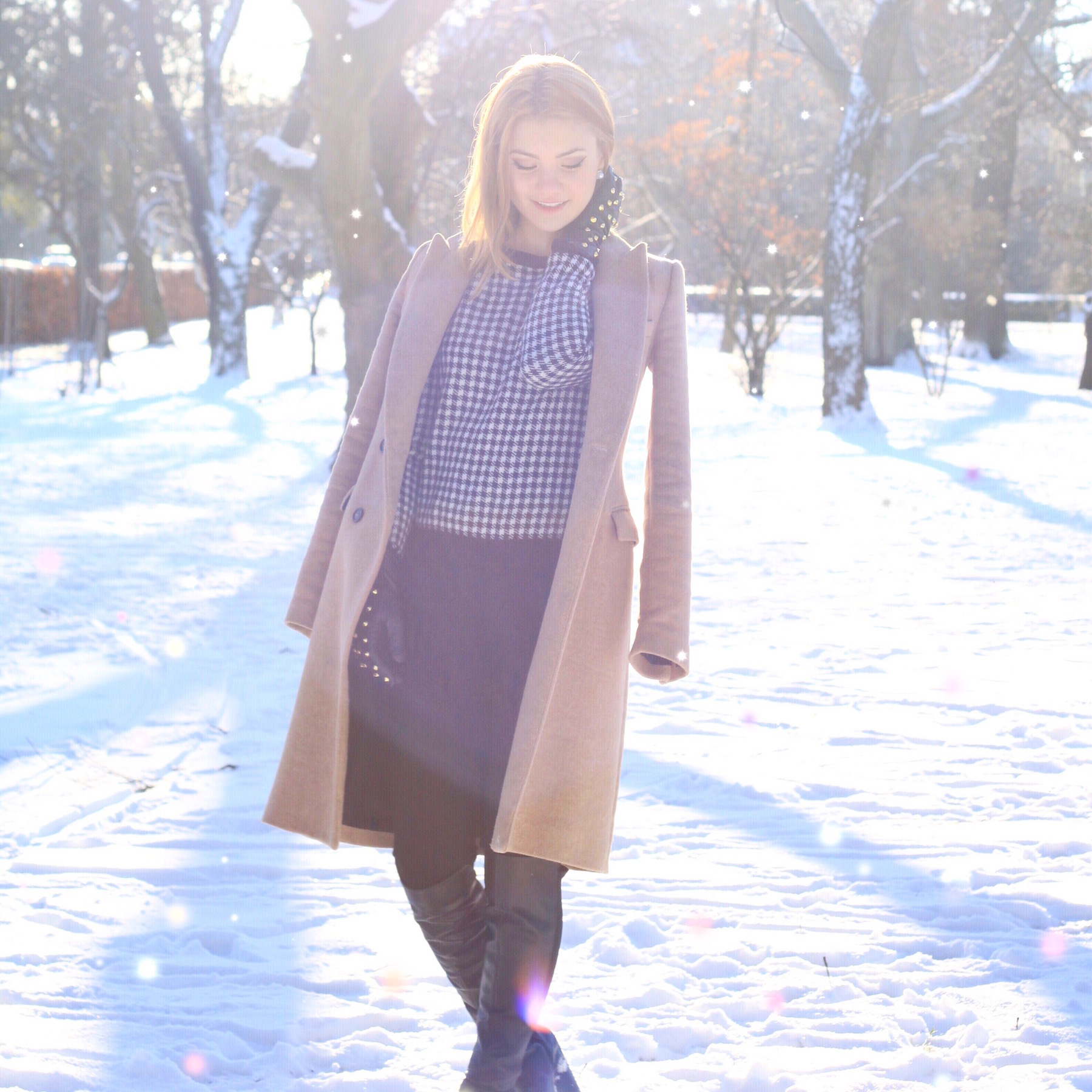 Juliana Chow Fashion Lifestyle Blog Model Winter Snow Outfit 6