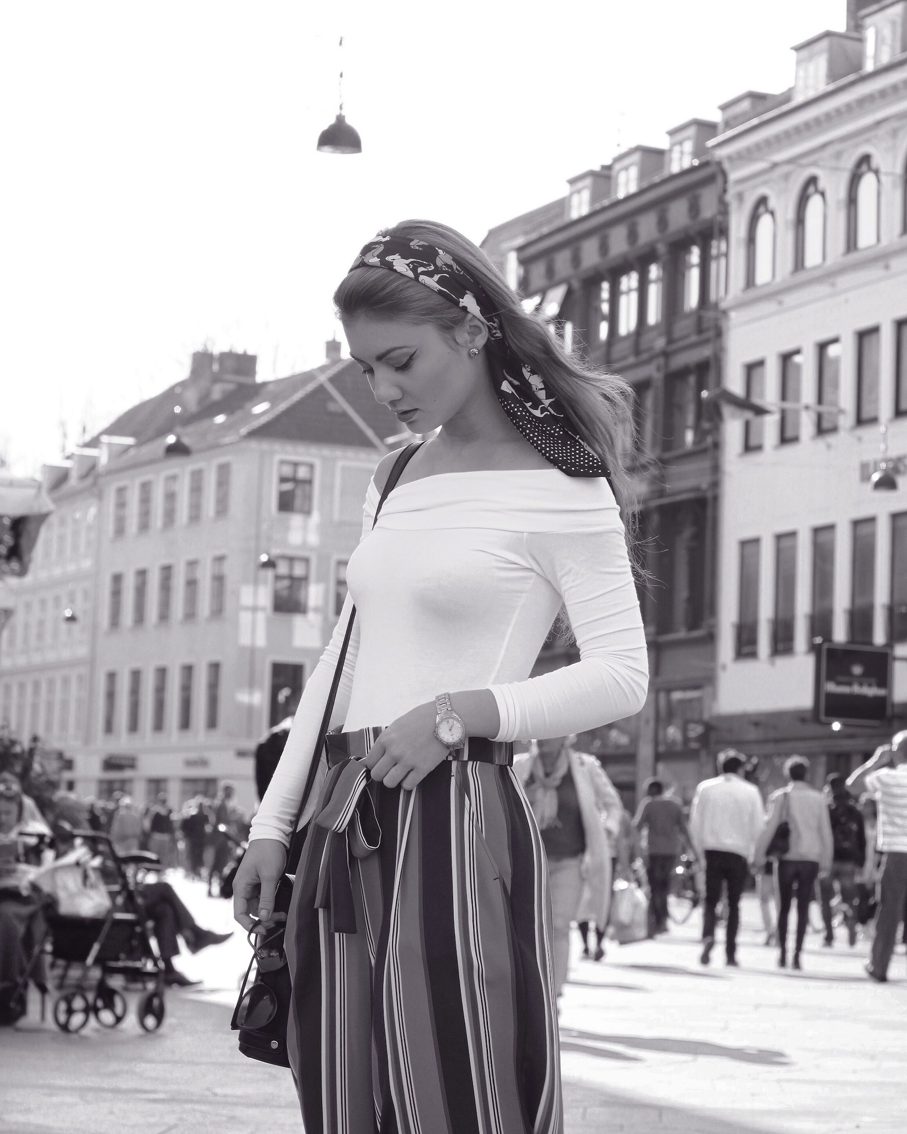 Juliana Chow Fashion Blog Outfit Lifestyle Copenhagen Audrey Hepburn Instagram Outfit of The Day Model 1