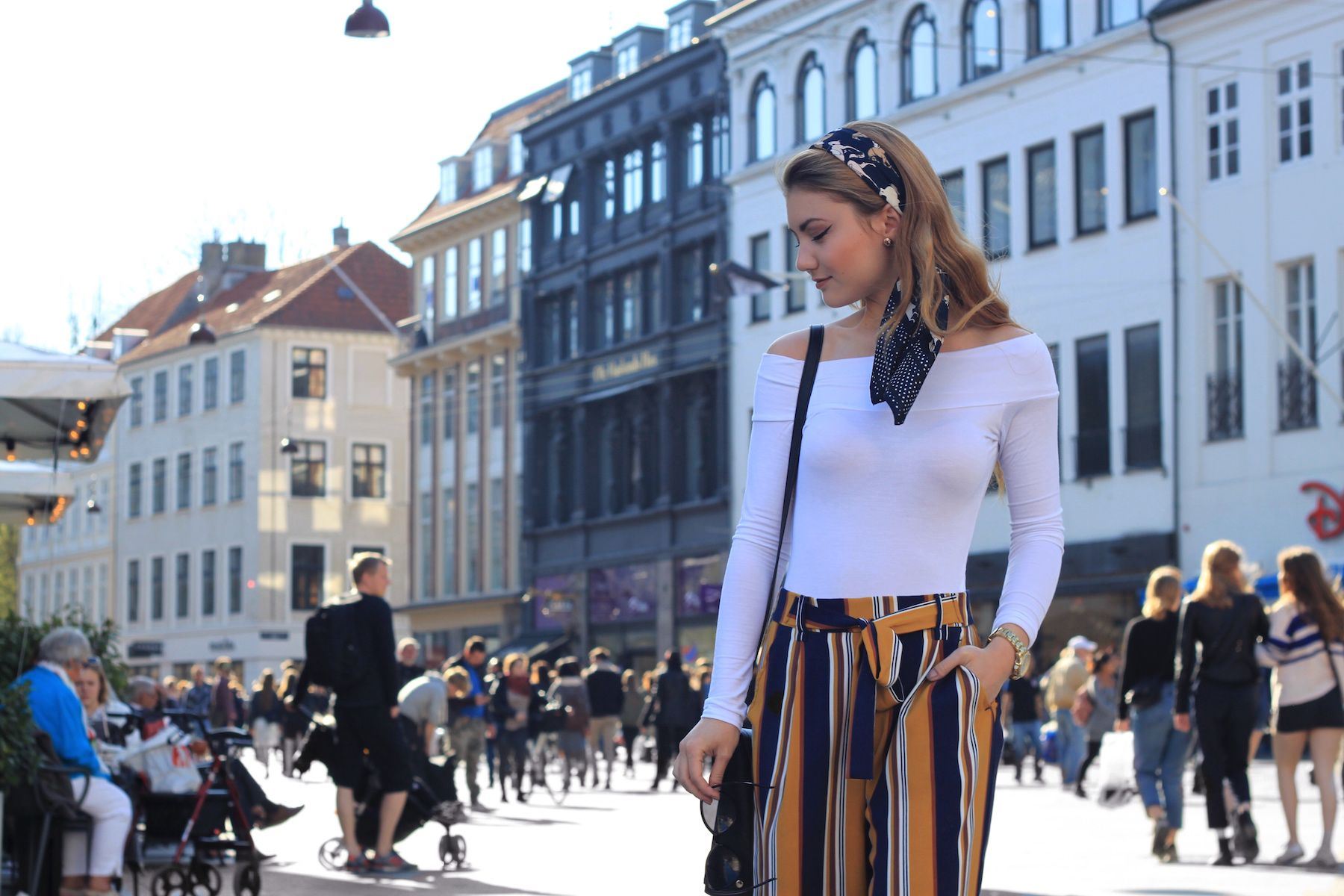 Juliana Chow Fashion Blog Outfit Lifestyle Copenhagen Audrey Hepburn Instagram Outfit of The Day Model 10
